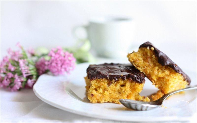 Cách làm Bánh Cà Rốt Phủ Chocolate ngon miệng đãi cả nhà