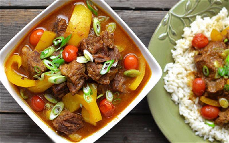 Cách làm Bò Hầm Cà Ri Và Nước Cốt Dừa thơm ngon đãi cả nhà