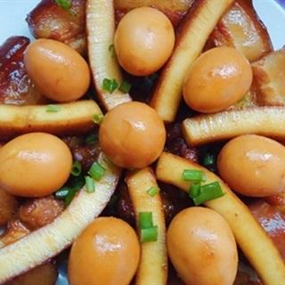 Cách Làm Thịt Kho Dừa Trứng Cút Đậm Đà Ngon Cơm