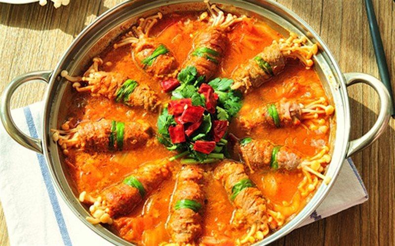 Cách Làm Canh Kim Chi Thịt Bò Cuộn Nấm Thơm Ngon
