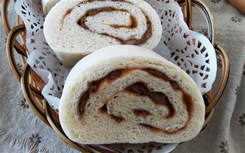 Cách Làm Bánh Bao Cuộn Thịt Ngon Miệng Đơn Giản