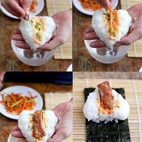 Cơm nắm gà cay kiểu Nhật