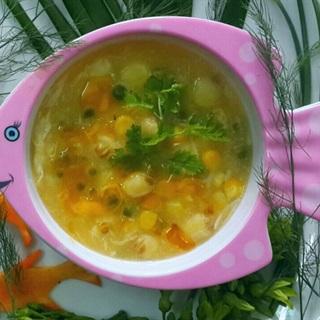 Súp cua hạt sen nấu bắp xay