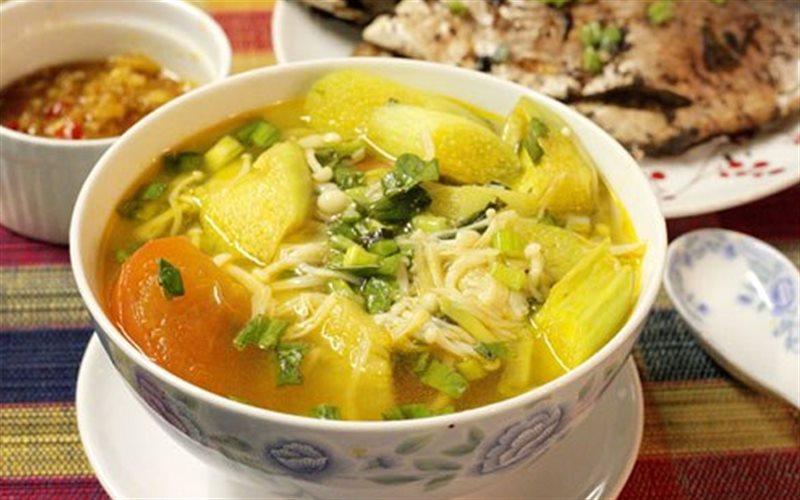 Cách Làm Canh Nấm Nấu Chua Thơm Ngon Cho Bữa Cơm