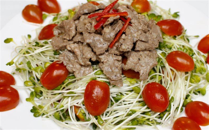 Cách làm Rau Mầm Trộn Thịt Bò làm món khai vị thần thánh
