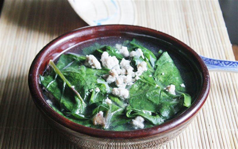 Cách làm Canh Thịt Bằm Nấu Mồng Tơi cho bữa cơm gia đình