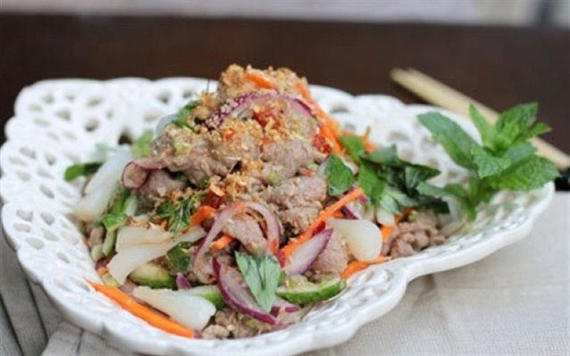 Cách Làm Gỏi Thịt Bò Chua Cay Dùng Làm Khai Vị