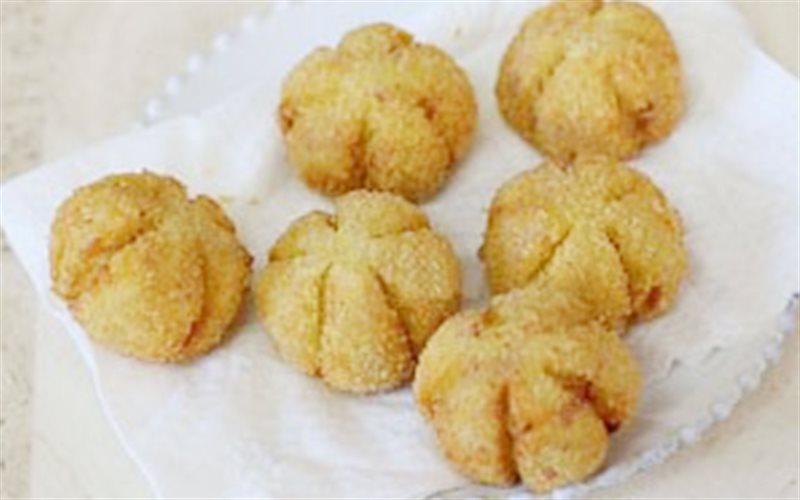Cách Làm Bánh Khoai Lang Chiên Hình Bí Đỏ Ngon