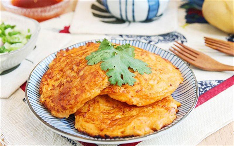 Cách Làm Bánh Khoai Tây Trứng Thơm Ngon Đơn Giản