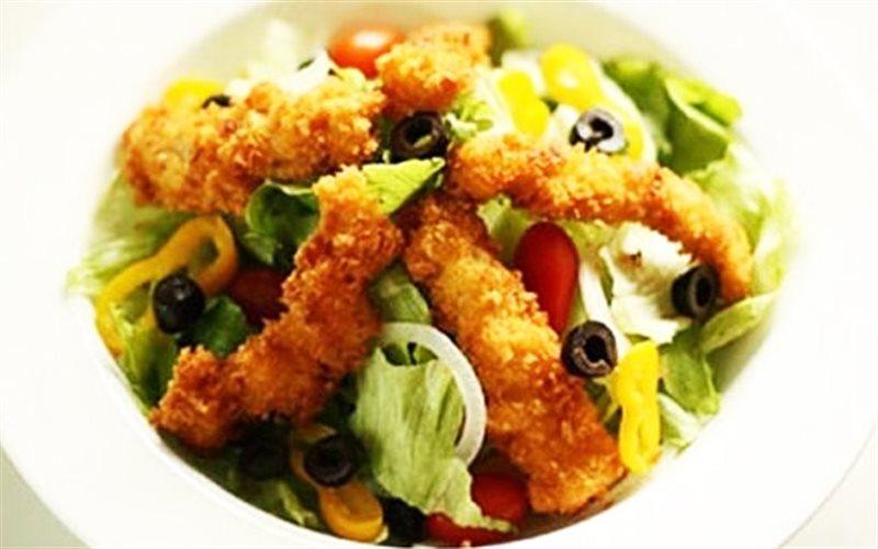 Cách Làm Salad Gà Chiên Đơn Giản Cho Nàng Ăn Kiêng
