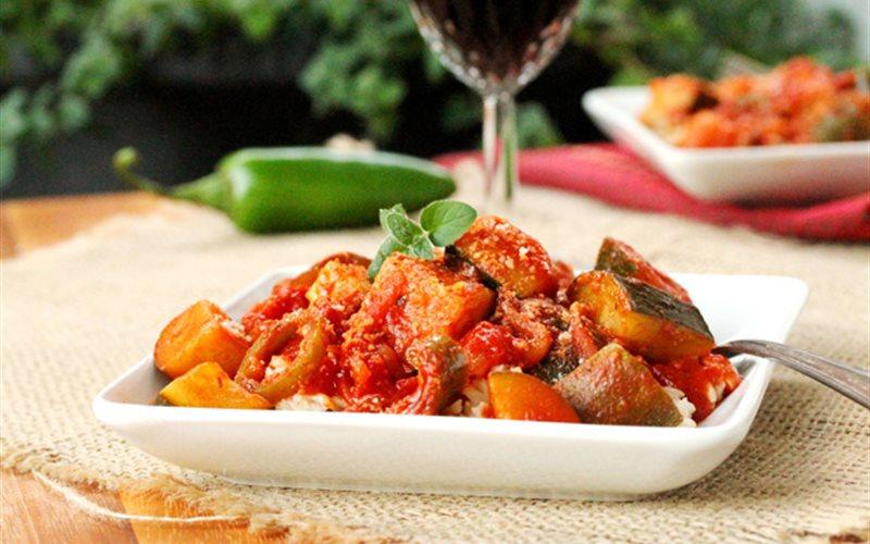 Cách nấu Bí ngòi xào sốt cà chua