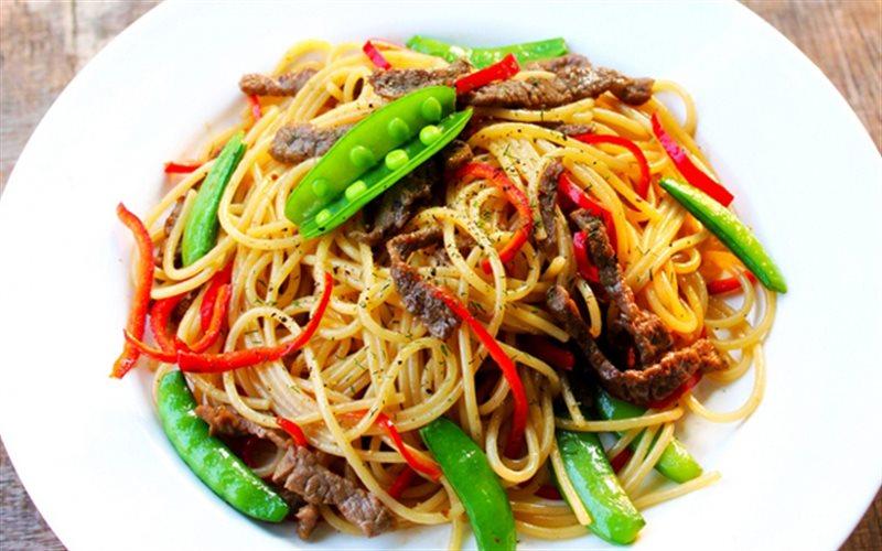 Cách Làm Spaghetti Xào Thịt Bò Thơm Ngon Tại Nhà