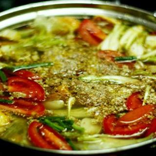 Cách nấu Lẩu Riêu Cua thịt bò thanh mát và hấp dẫn