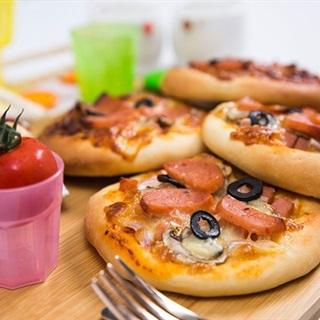 Cách làm bánh Pizza mini đơn giản