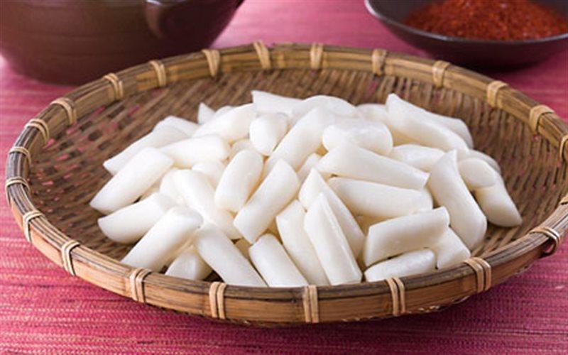 Cách Làm Bánh Gạo TteokBokki Dẻo Ngon Như Tiệm