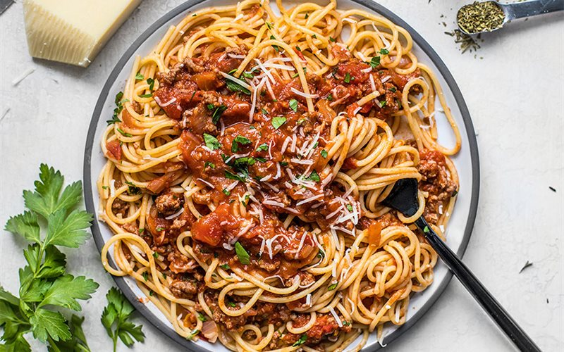 Cách làm spaghetti sốt thịt bò bằm