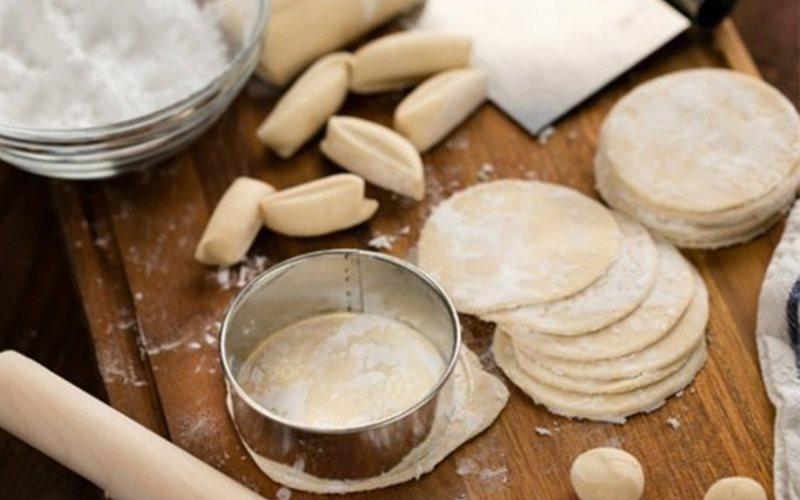 Cách làm Vỏ Bánh Sủi Cảo đơn giản, hợp vệ sinh tại nhà