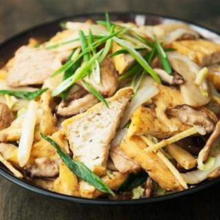 Cách Làm Đậu Hũ Xào Nấm Thịt Thơm Ngon Cho Bữa Cơm