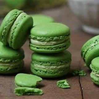 Cách làm macarons trà xanh