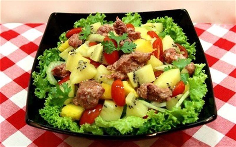 Cách Làm Salad Kiwi Trộn Bò Hầm Thơm Ngon Hấp Dẫn