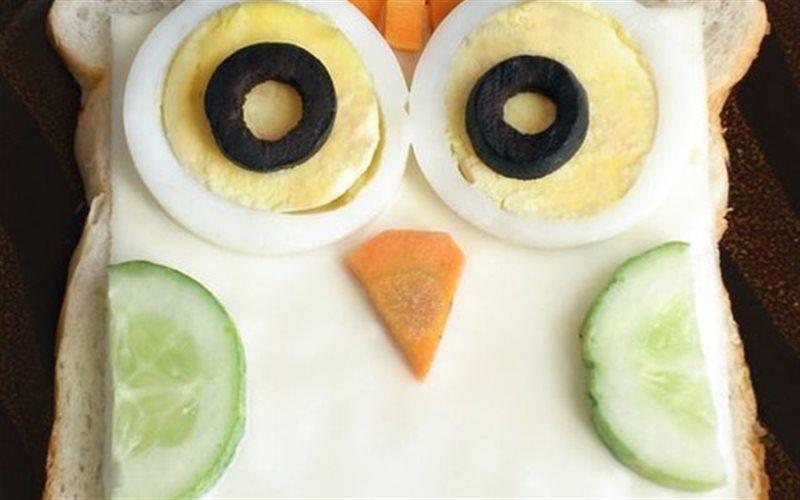 Cách Làm Bánh Mì Sandwich Hình Cú Đẹp Mắt Hấp Dẫn