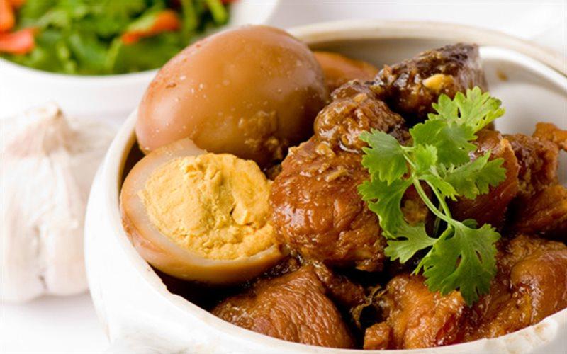 Cách Làm Thịt Heo Kho Trứng Thơm Ngon Cho Ngày Tết