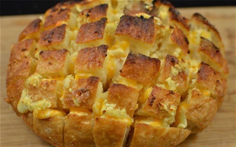 Cách làm Bánh Mì Nướng Phô Mai chuẩn vị âu cực thơm ngon