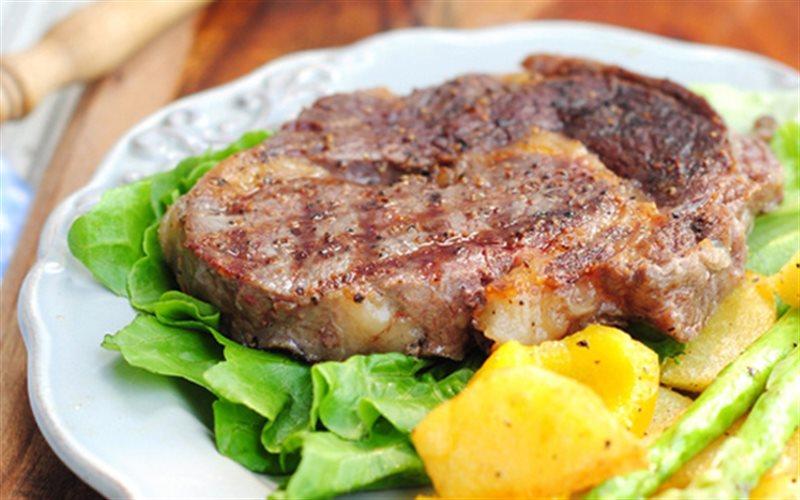 Cách Làm Thịt Bò Bít Tết Đơn Giản Ngon Khó Cưỡng