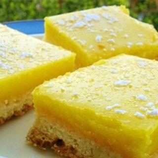 Cách Làm Bánh Chanh Vàng Óng Mát Lạnh Đãi Gia Đình