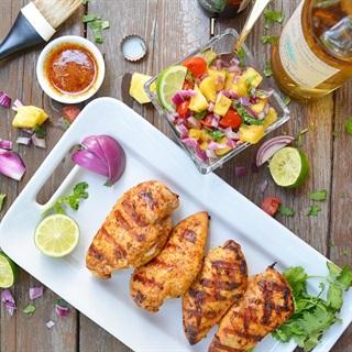 Cách làm ức gà nướng tequila salad thơm