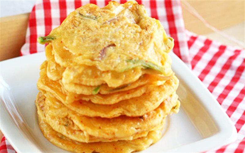 Cách Làm Bánh Xèo Kim Chi Đơn Giản Cho Cả Nhà