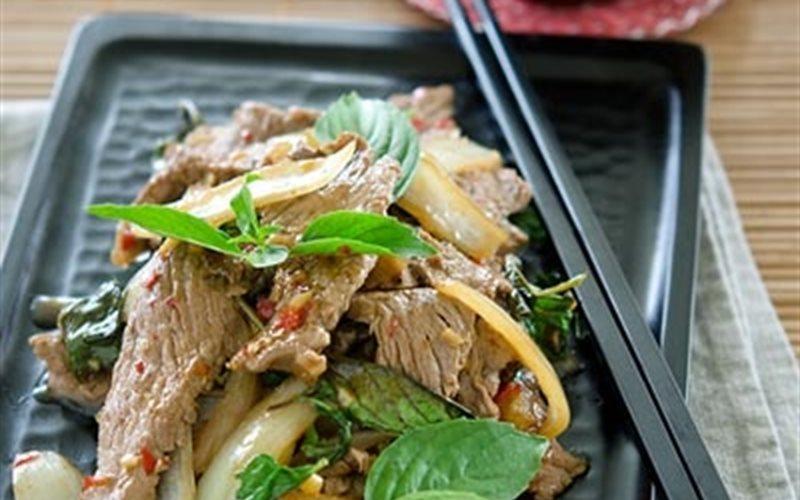 Cách làm Thịt Bò Xào Húng Quế thơm lừng, cực ngon lành