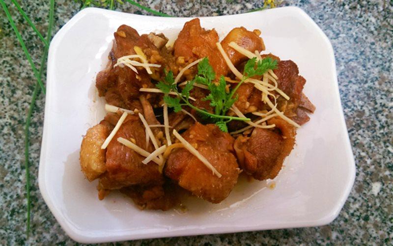 Cách Làm Thịt Vịt Kho Gừng Sợi Thơm Ngon Đậm Đà