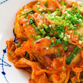 Cách Làm Thịt Xào Kim Chi Thơm Ngon Đưa Cơm Ở Nhà
