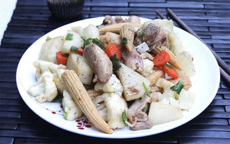 Cách làm Thịt Gà Phi Lê Xào Rau Củ dễ thực hiện, thơm ngon