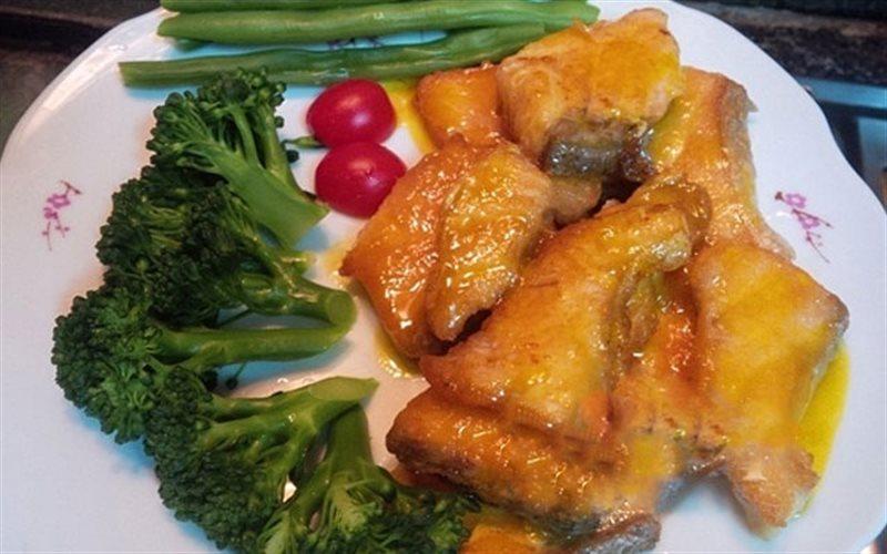 Cách làm Cá Hồi Sốt Bơ Cam bổ dưỡng, thơm ngon cho bé