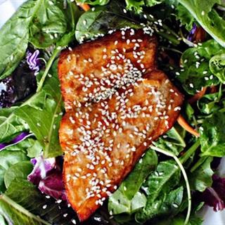 Cách Làm Salad Cá Hồi Sốt Cam Thơm Ngon Đơn Giản