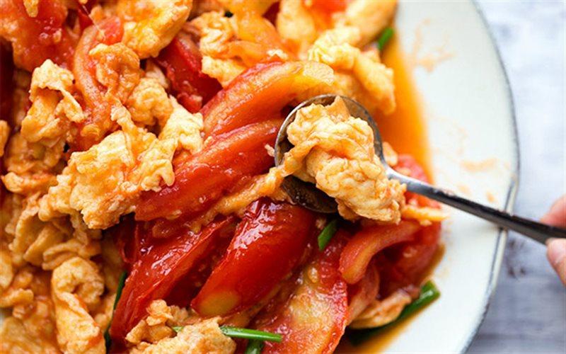 Cách làm Trứng Chiên Cà Chua đơn giản nhưng đủ dinh dưỡng