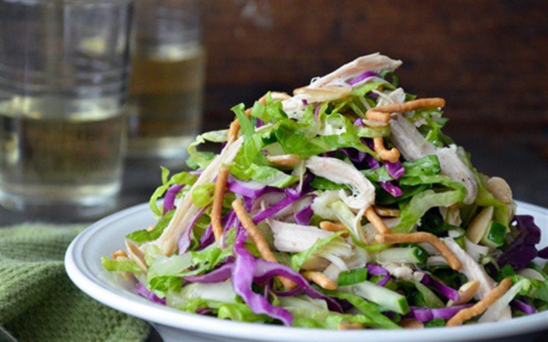 Cách Làm Salad Dưa Leo Trộn Thịt Gà Thơm Ngon