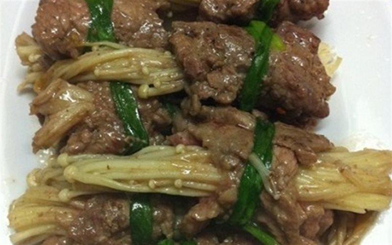 Cách Làm Thịt Bò Cuộn Nấm Kim Châm Cực Đơn Giản