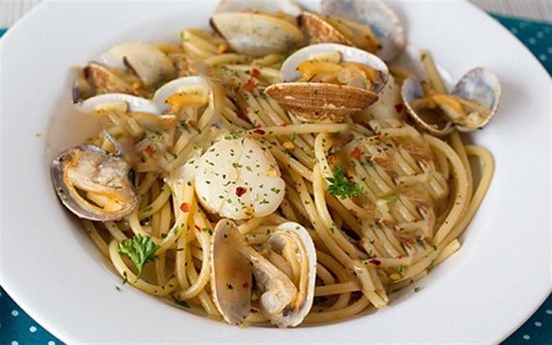 Cách làm Spaghetti Nấu Nghêu hấp dẫn chuẩn vị ngon nhà hàng
