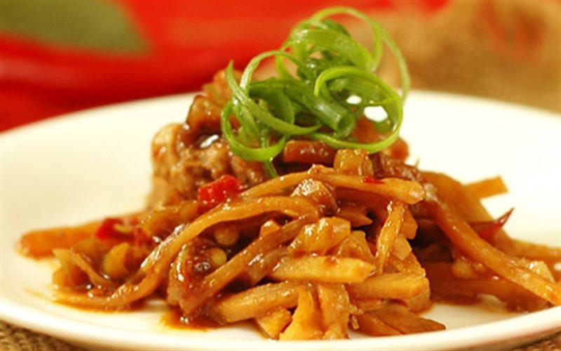Cách làm Cánh Gà Hấp Măng hấp dẫn đổi vị cho bữa ăn nhà