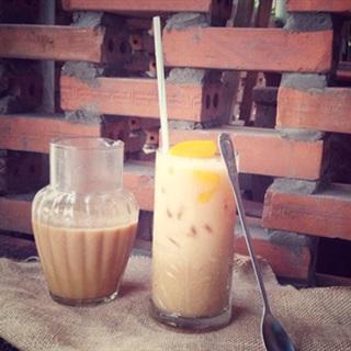 Tự pha trà sữa đào tại nhà