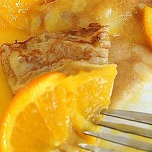 Bánh bột mì sốt cam
