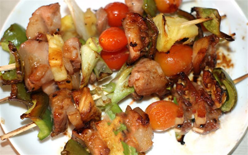 Cách Làm Thịt Ba Chỉ Nướng Trái Cây Cho Bữa Tiệc