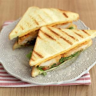 Cách làm sandwich kẹp ức gà
