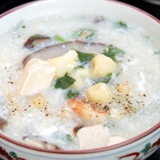 Cách làm súp hạt sen với nấm và tôm