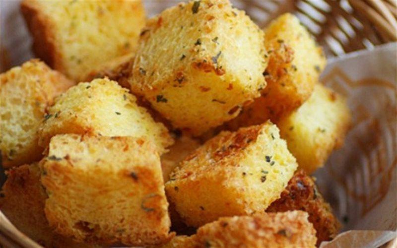 Cách Làm Bánh Mì Bơ Tỏi Nướng Giòn Rụm, Thơm Ngon