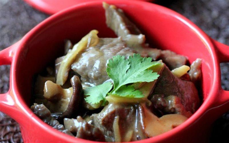 Cách làm Bò Kho Nấm Hương đậm đà đưa cơm cho cả gia đình