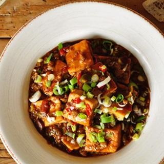 Cách làm Đậu Hũ Xào Cay cho bữa cơm nhà thật đậm đà